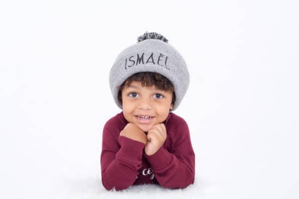 """bonnet brodé personnalisé """"Ismaël"""""""