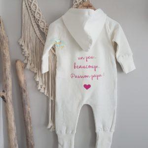 Combinaison bébé «un peu, beaucoup, passionnément»