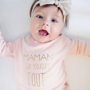 Tee shirt manches longues «Maman sait toujours tout»