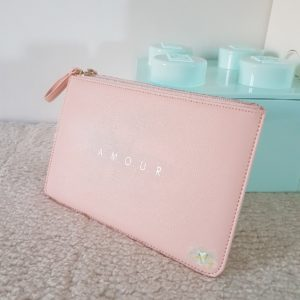 NEW CO – Pochette AMOUR
