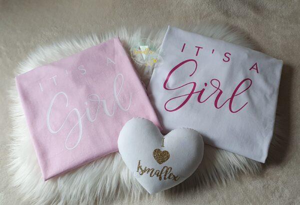 "duo tee shirt personnalisé ""it's a girl"""